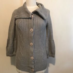 CHARLOTTE RUSSE button cardigan w/sleeve detail M